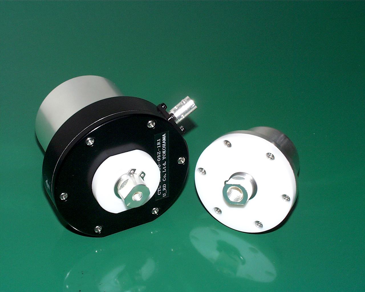 大容量13.56Mhz 同軸コネクター インピーダンス50Ω 通電要領モニター付